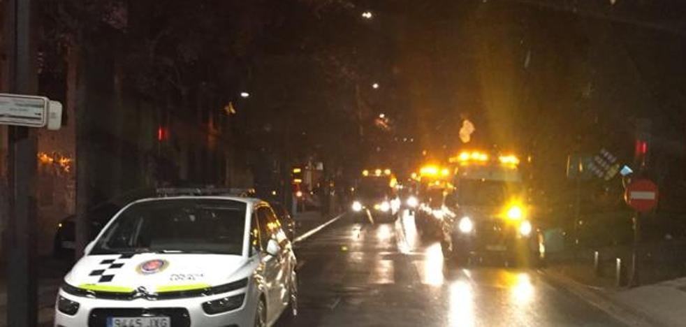 Fallece una mujer y 24 personas resultan heridas en un incendio en Granada