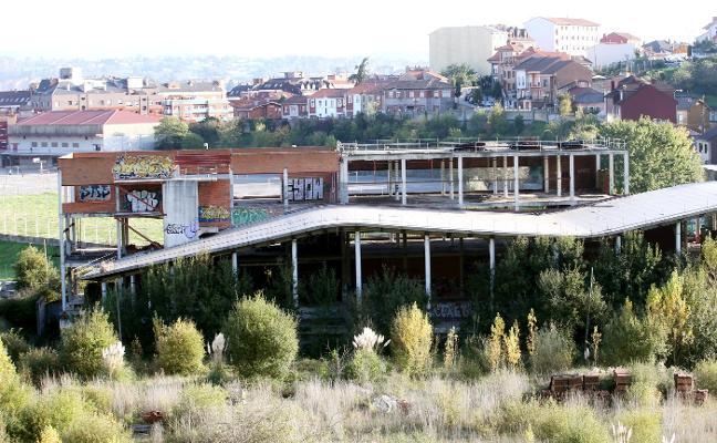 Los aparcamientos proyectados para la parcela del spa del Naranco van al cajón