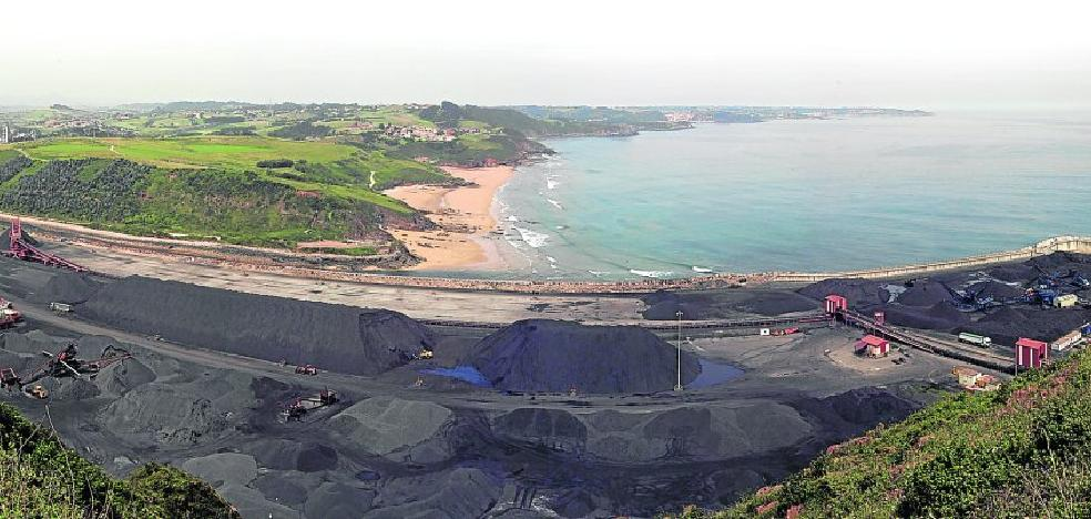 Asturias importa a través de El Musel siete veces más carbón del que produce