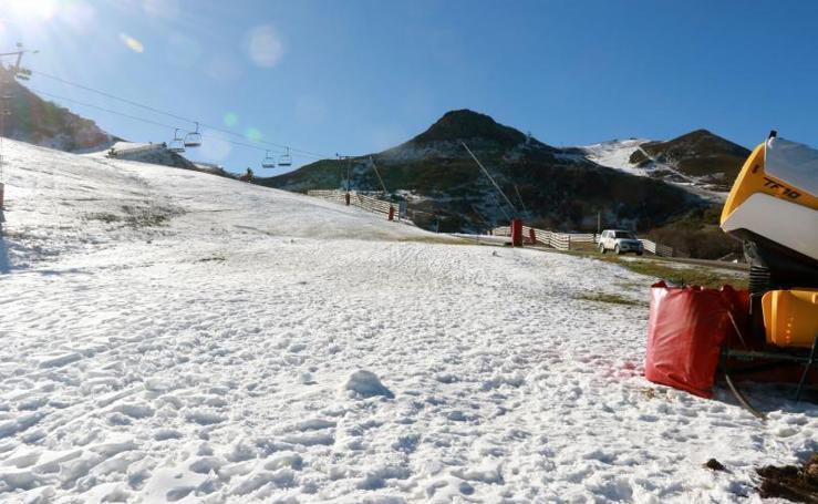 Valgrande-Pajares, lista para el inicio de la temporada de esquí