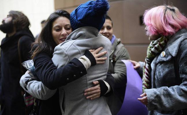 El acusado de intentar matar a su expareja en Cudillero dice que iba a por el novio de ésta