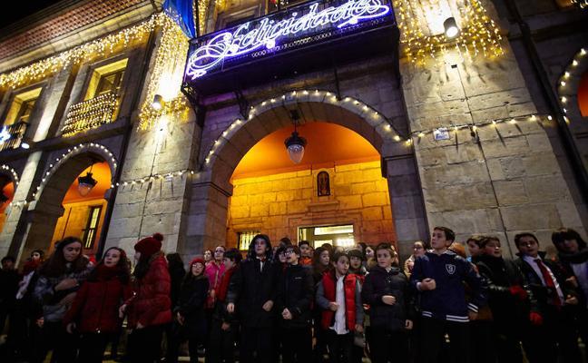 Aviles prepara una Navidad para sorprender a todos