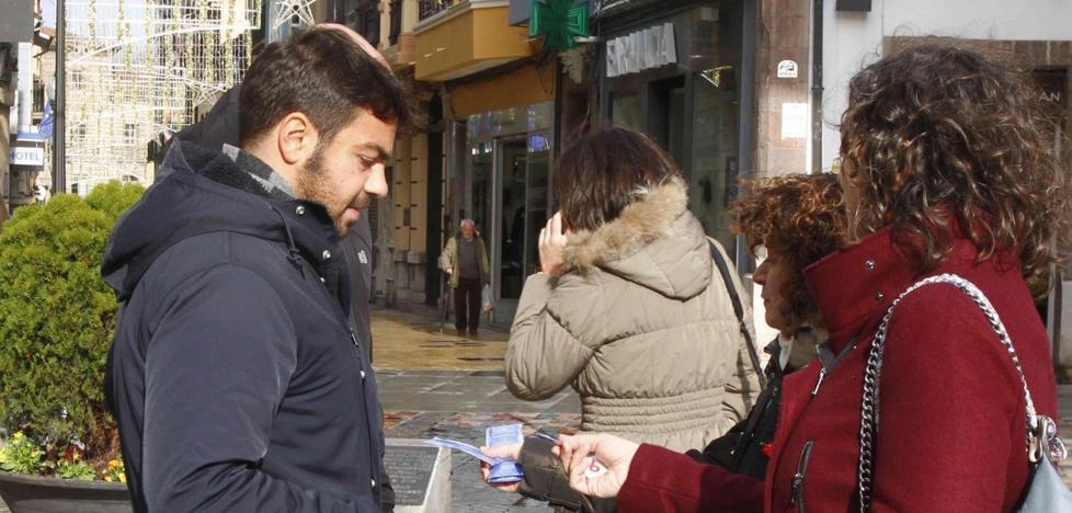 Preservativos contra el Sida en Plaza España