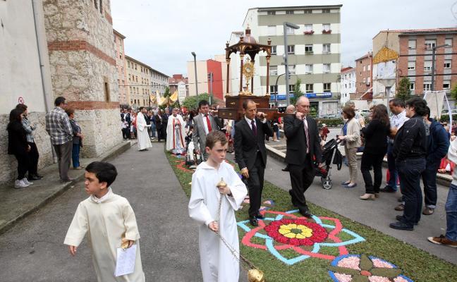 Lugones ya cuenta con la primera cofradía de Semana Santa
