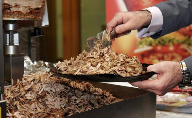 La Unión Europea desmiente que vaya a prohibir los kebab
