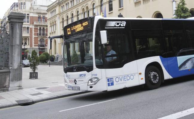 El Ayuntamiento de Oviedo hará gratuito el autobús para niños de hasta 12 años el próximo año