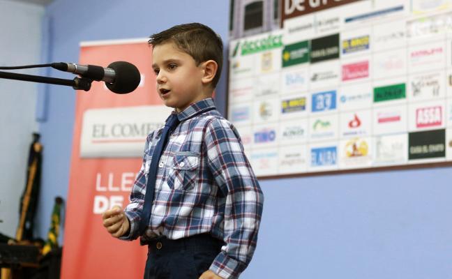 La Nueva vibra con la actuación de un niño de seis años, Alejandro Begega