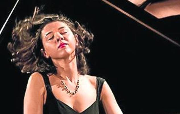 Buniatishvili suspende su concierto en Oviedo