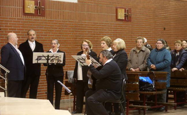 Música para San Nicolás en el barrio de El Coto