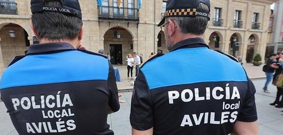 La Policía Local pilla 'in fraganti' a un ladrón en una vivienda de Llaranes