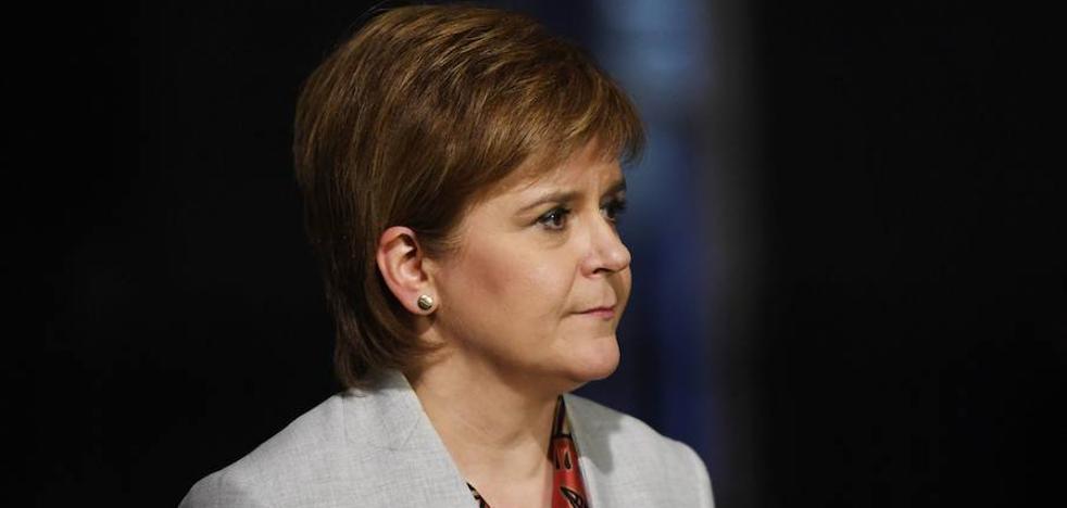 Sturgeon aboga por defender la continuidad de Reino Unido en el mercado único