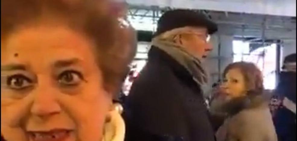 María Teresa, la avilesina viral 'a contramarcha' de Carmena