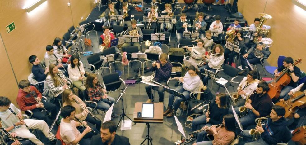 Pipo Prendes presenta el coro Mensajeros de la Paz