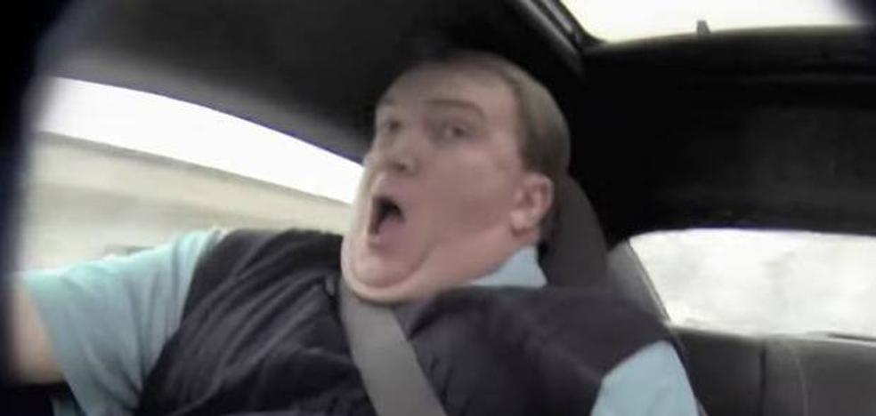 La espectacular broma que gasta un piloto profesional a un vendedor de coches