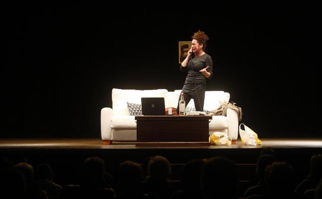 Sesión de trabajo teatral en directo en El Llar