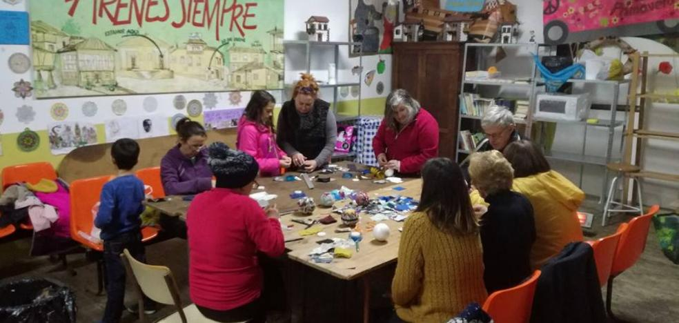 El espíritu navideño toma forma en Areñes y Coya