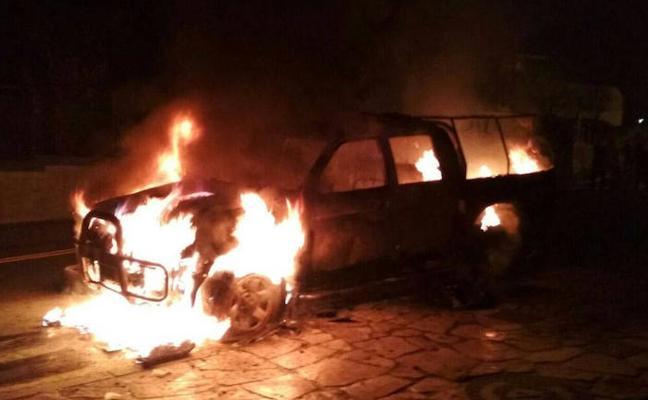 Extinguido un incendio declarado en un vehículo en Grandas de Salime