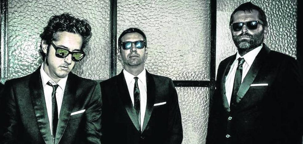 The Surfin Limones trae a la Factoría Cultural el sonido punk surf de su disco 'Apolo I'