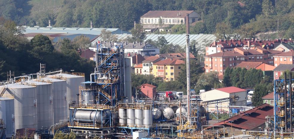 El Ayuntamiento pide reunirse con el Principado por el alto nivel de benceno en Trubia