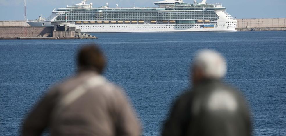 El Musel prevé 17 escalas de cruceros en 2018, un barco menos que el año récord