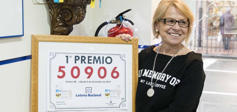 «Cangas es la cuna de la suerte gracias a la Santina»