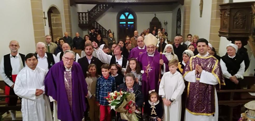 El arzobispo de Oviedo celebrará la Nochebuena con los presos de Villabona