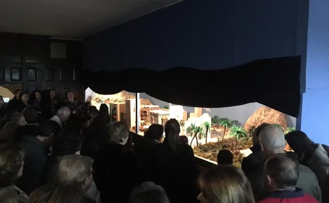 Vega inaugura su belén gigante