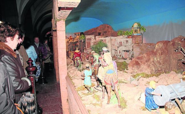 Comienzan las visitas a la ruta de belenes de Candás