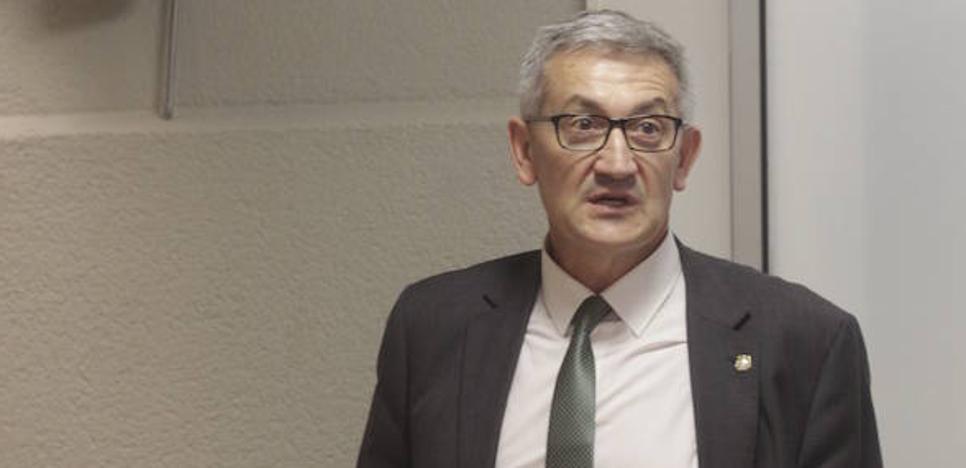 El rector de la Universidad de Oviedo pide «compromiso» e inversión al Principado