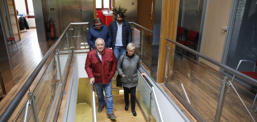 Barbao y el resto de ediles del PSOE renuncian a su acta en Morcín