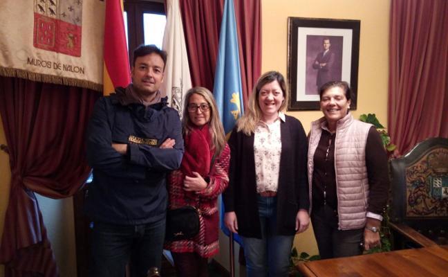 Gloria María García toma posesión como concejala del PP en Muros de Nalón