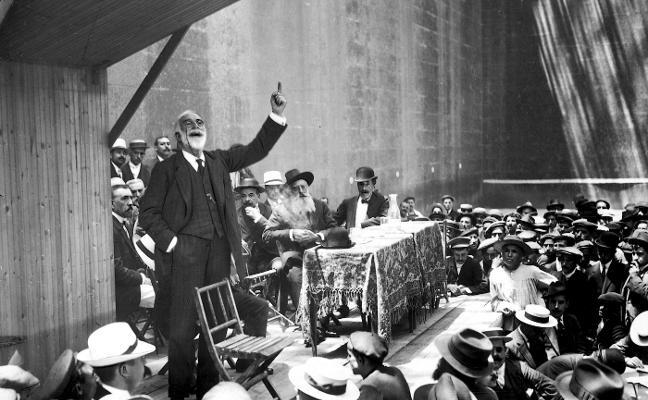 Homenaje literario a un gran reformista