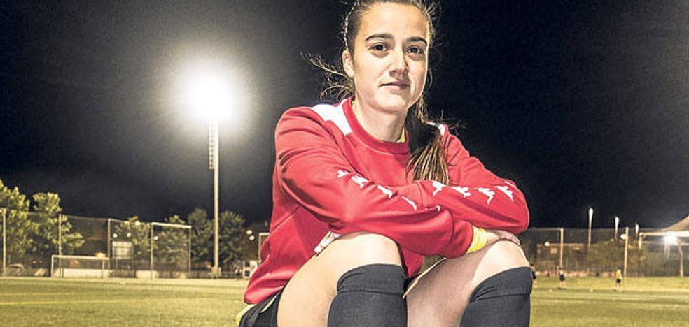 Una asturiana en la élite del fútbol