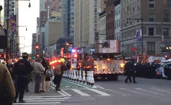 Momento en el que el terrorista activa la bomba en Nueva York