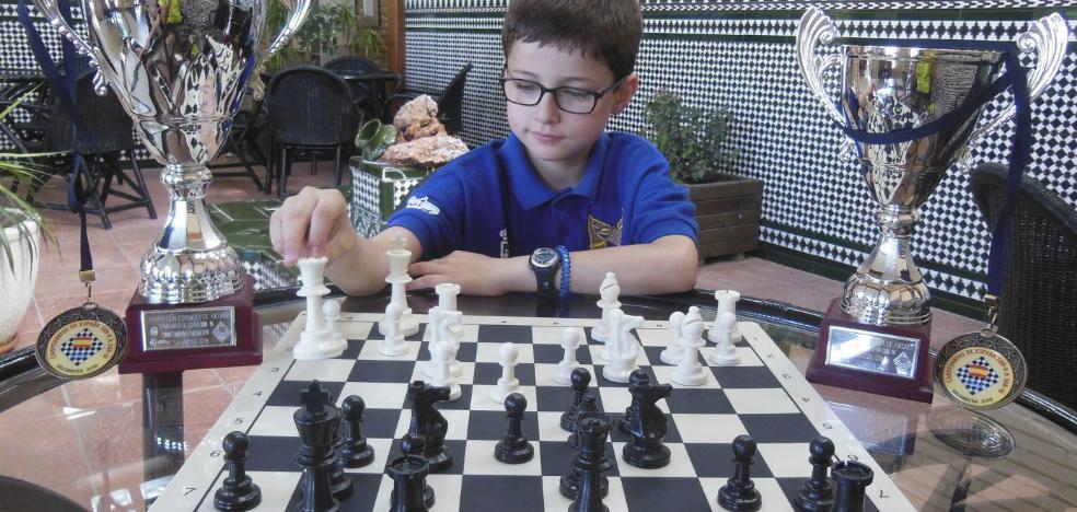Diego Vergara, el niño asturiano de diez años que rompe récords de ajedrez