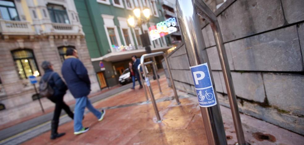 Elaboran un mapa digital para saber dónde están los aparcabicis de Oviedo