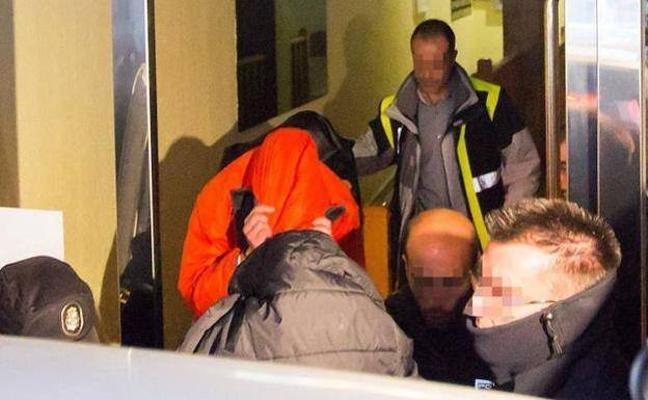 Prisión para los tres jugadores de la Arandina acusados de agresión sexual a una menor