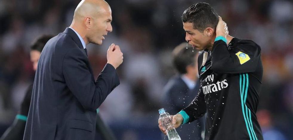 Zidane: «No voy a pedir un delantero, Benzema ha estado muy bien»