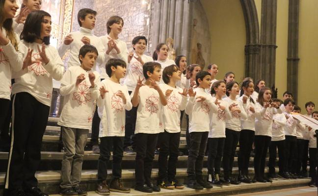 Los coros del Conservatorio, aplaudidos en San Lorenzo
