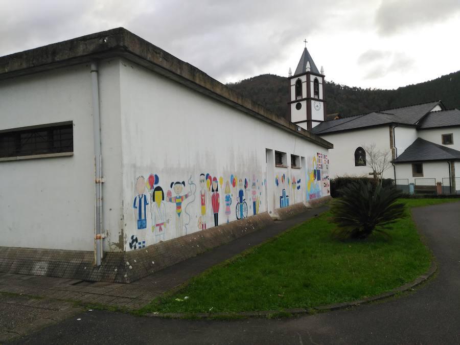 Desperfectos en el colegio de Trevías