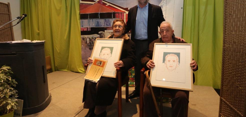 Illas rinde homenaje a sus mayores