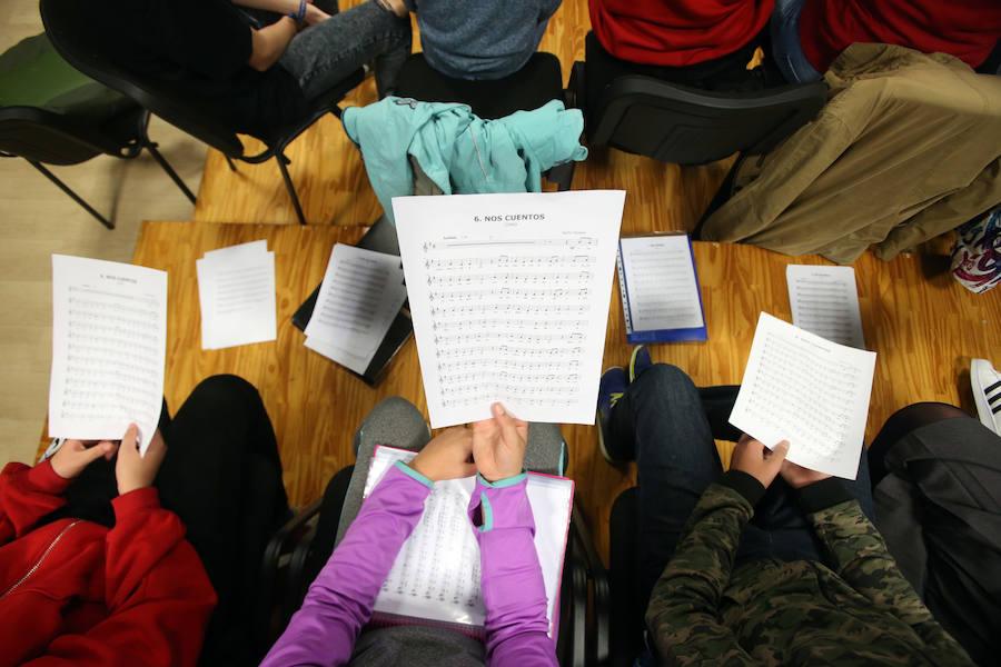 Ensayo del coro Infantil de la Fundación Princesa de Asturias