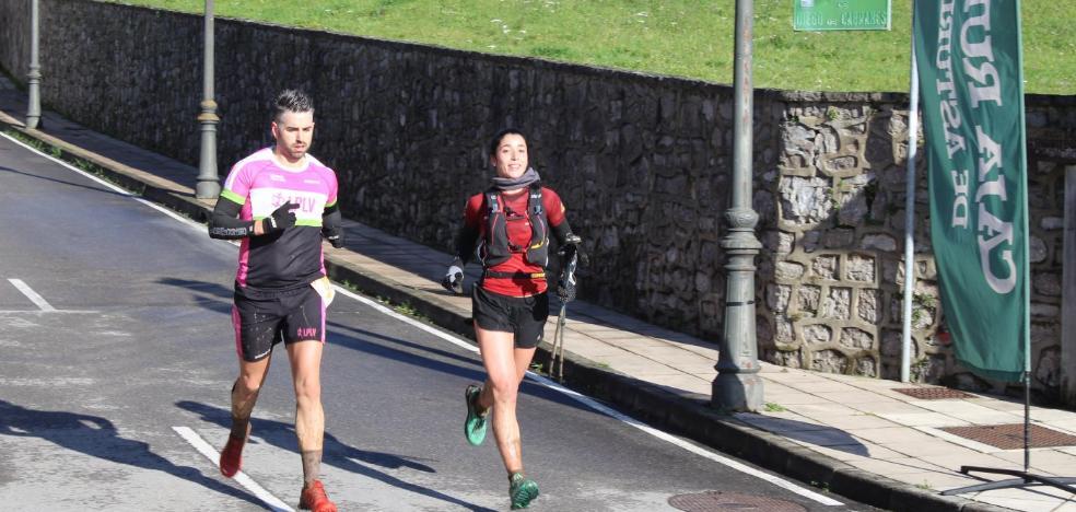 Manuel Jara y Azara García ganan el trail de Cabranes