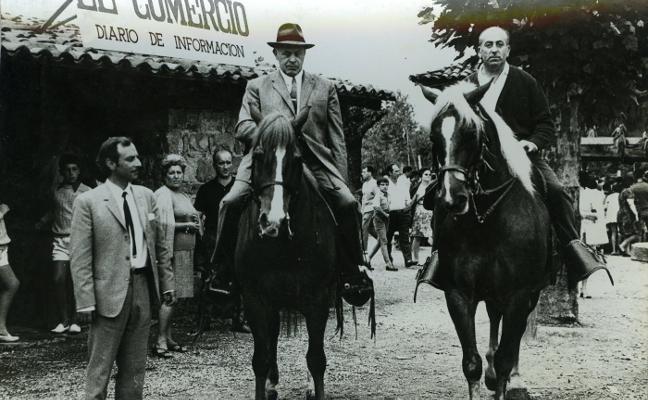 El Pueblo de Asturias de Gijón celebra medio siglo de vida con ocho exposiciones