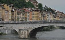 Grenoble, cultura y arte con los Alpes de fondo