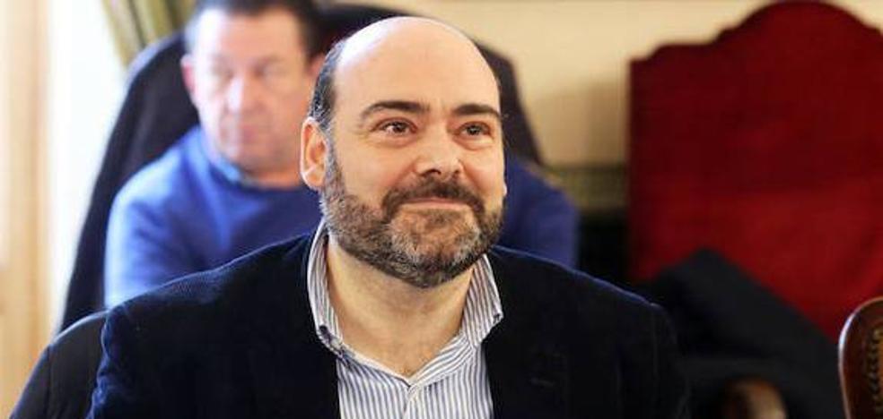 El concurso para Santullano es un «engañabobos», afirma Caunedo