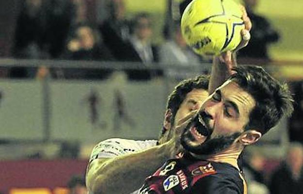 Entrerríos renueva dos temporadas más con el Barcelona
