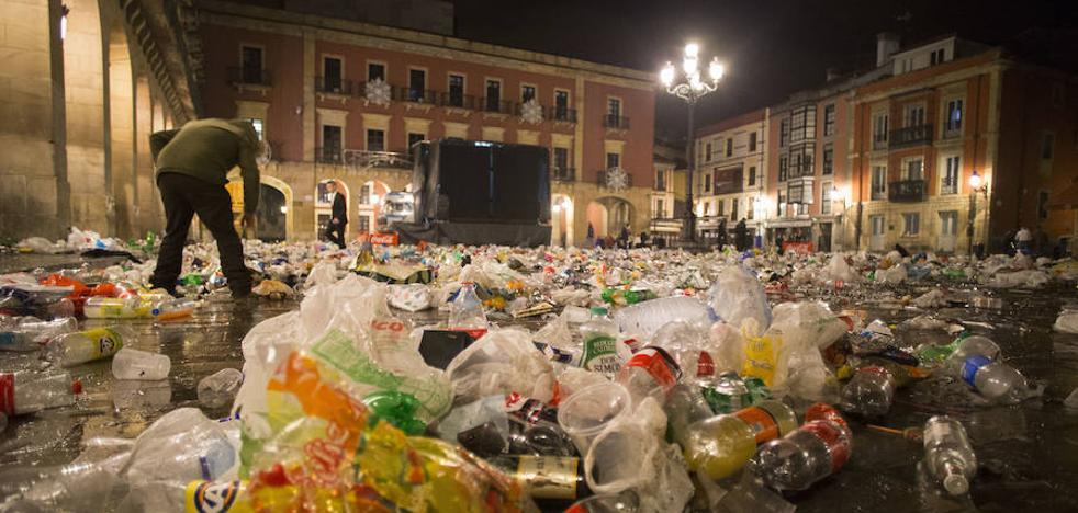 Por una Nochevieja sin kilos de basura en Gijón