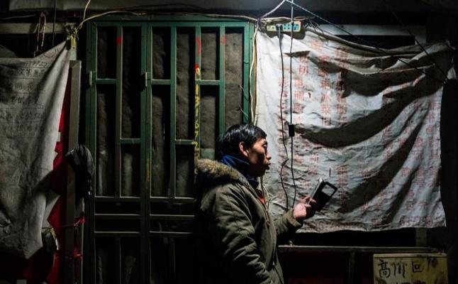 Shanghái fija un límite de población que podría causar una ola de desalojos