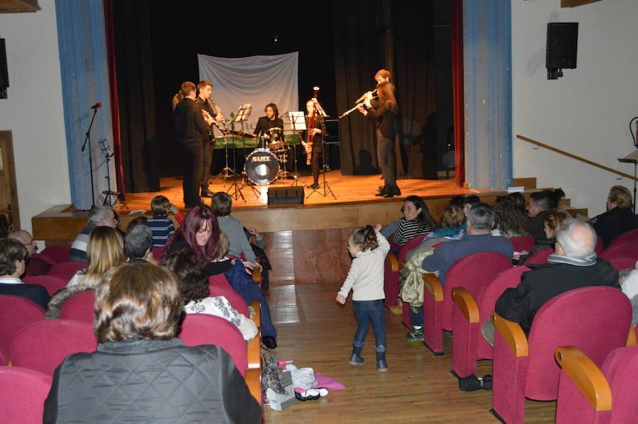 Festival de Navidad en Cangas del Narcea